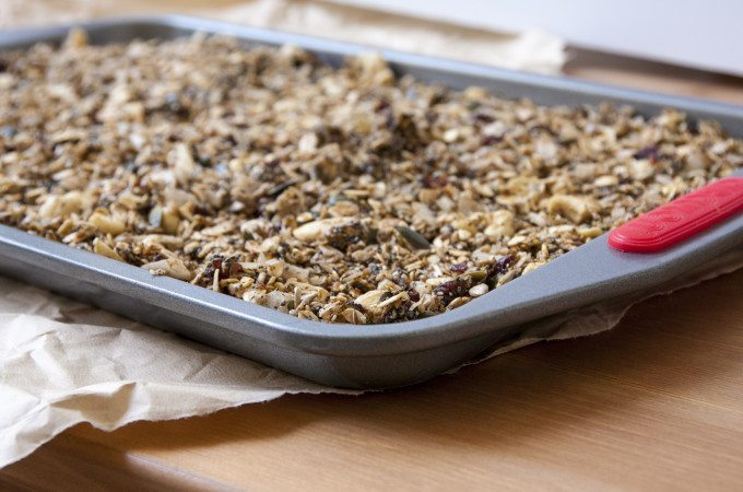 Superfood Cashew & Cranberry Granola - Three Silver Spoons